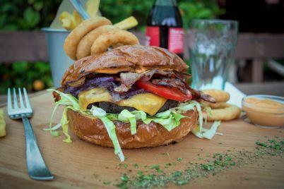 Burger-kurta1.jpg
